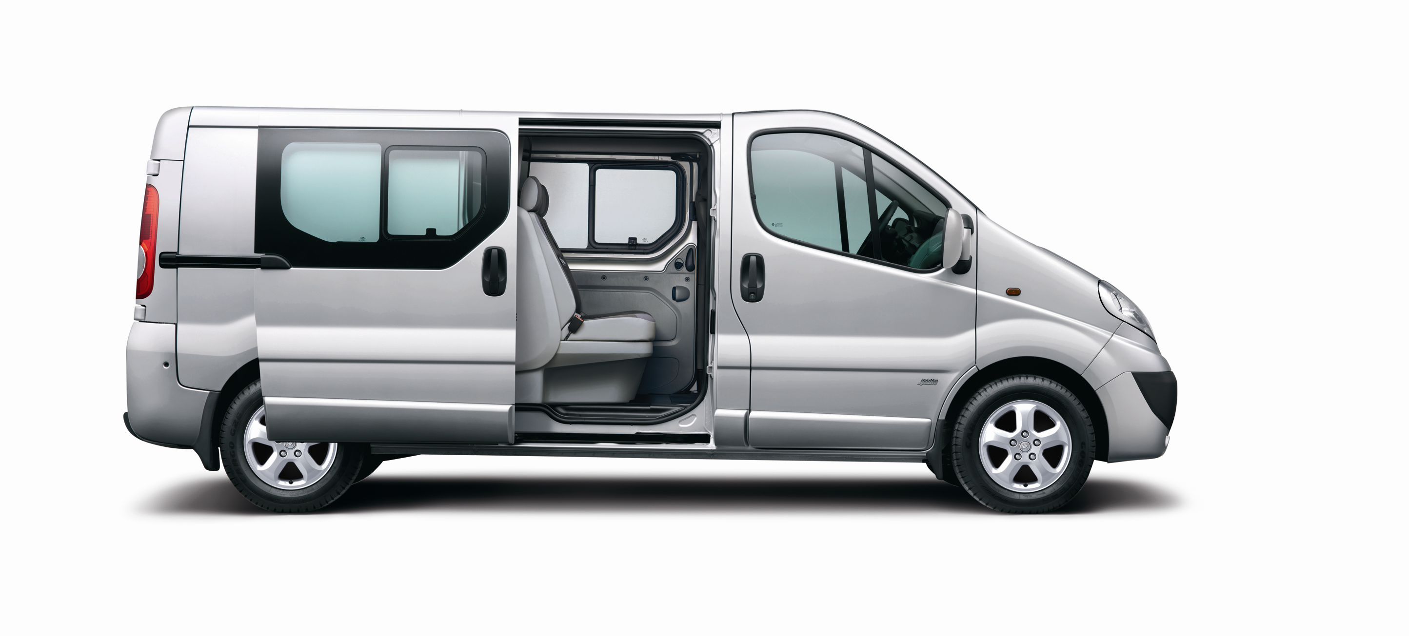 vauxhall vivaro lwb diesel 2 0cdti 115ps sportive doublecab world of vans world of vans. Black Bedroom Furniture Sets. Home Design Ideas