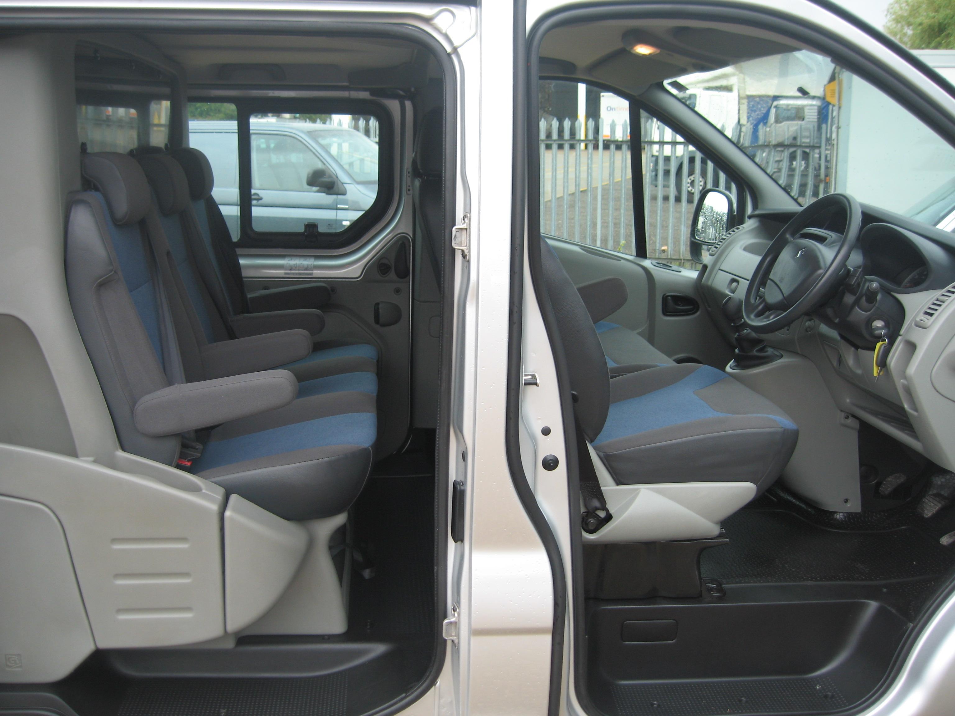 Renault Trafic Swb Diesel Sl27dci 115 Business Crew Van